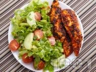 Рецепта Пилешки филенца с доматено пюре и розмарин на тефлонов незалепващ тиган